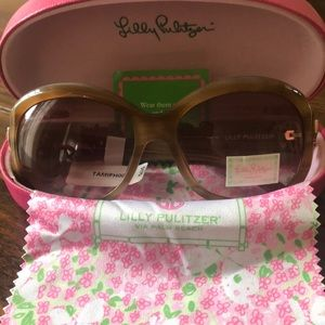 Lilly Pulitzer Sun Glasses!
